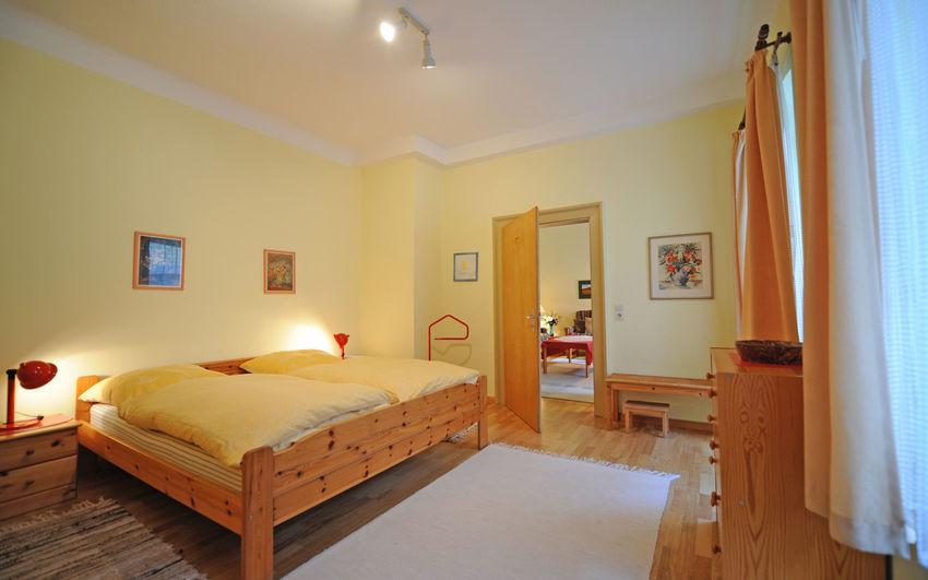 Ferienwohnung1-Bamberg-Schlafzimmer