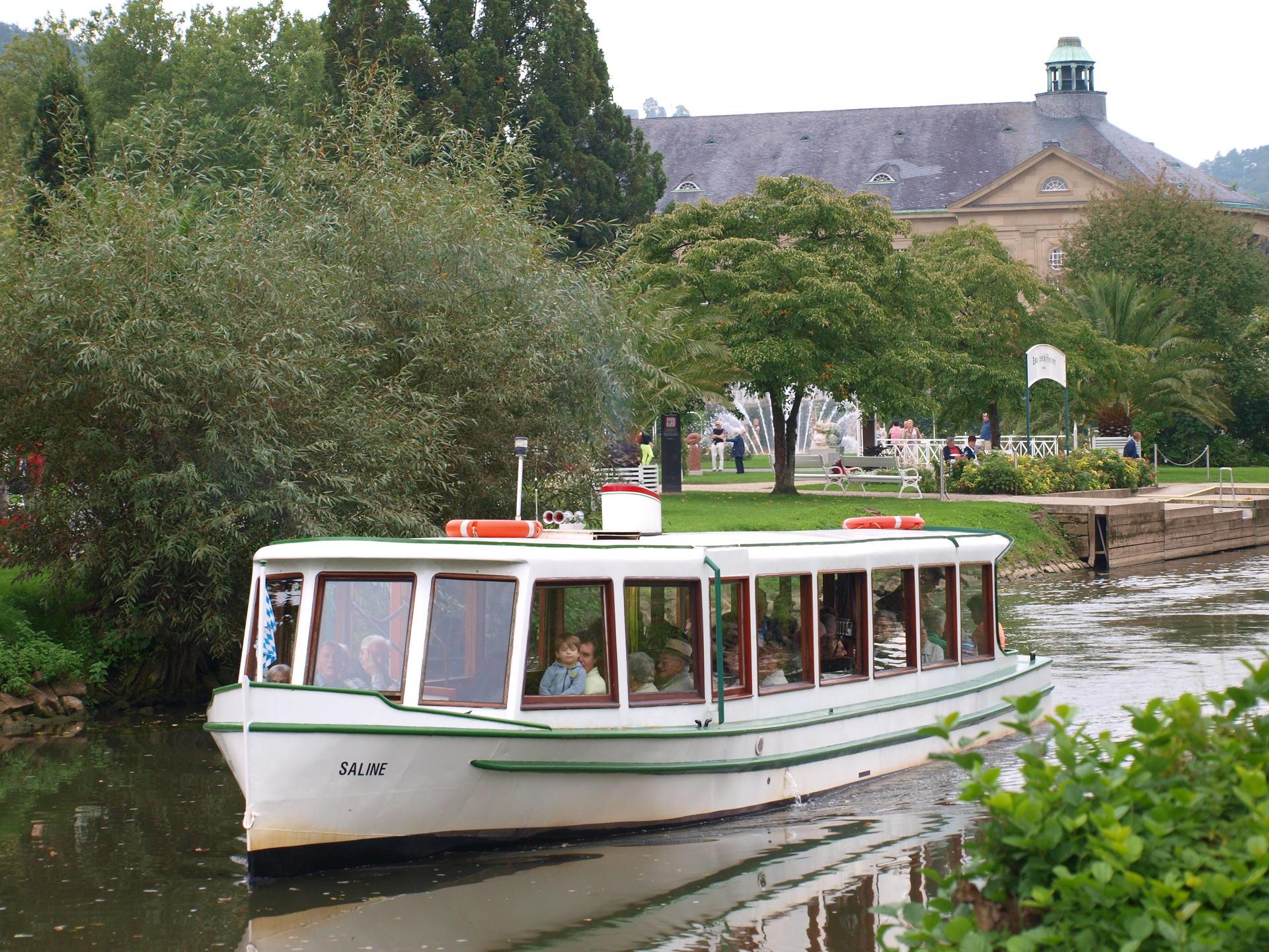 Foto des Dampferles auf der Saale in Bad Kissingen