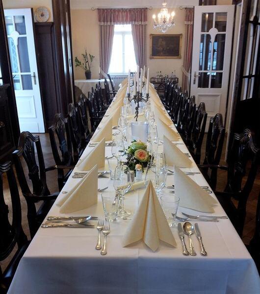 Restaurant/Event
