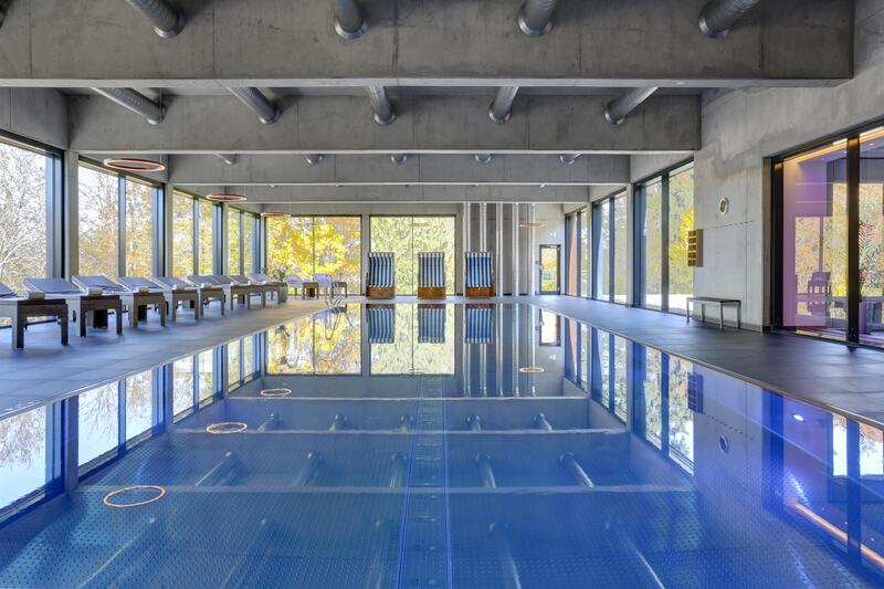 CUP_VITALIS_Schwimmbad_20_m_Sportbecken