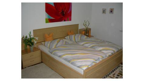 Großes Schlafzimmer Fewo I